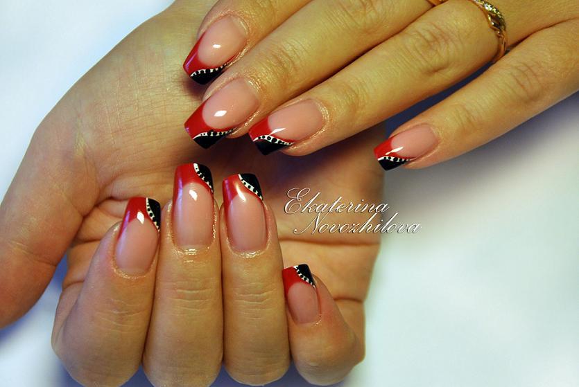 Красный френч на ногтях дизайн